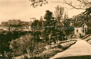 AK / Ansichtskarte Sable sur Sarthe Grande Allee du Jardin public vue sur le Chateau Sable sur Sarthe