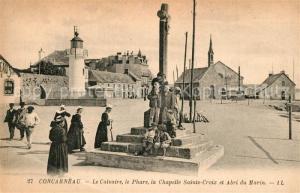 AK / Ansichtskarte Concarneau_Finistere Le Calvaire Phare Chapelle Sainte Croix et Abri du Marin Concarneau_Finistere