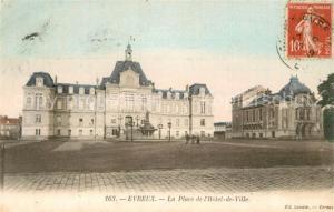 AK / Ansichtskarte Evreux Place de l Hotel de Ville Evreux