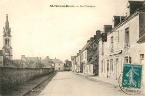 AK / Ansichtskarte Saint Mars la Briere Rue Principale Eglise Saint Mars la Briere