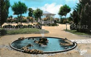 AK / Ansichtskarte Rochefort_sur_Mer Jardin Public les Promenades fontaine Rochefort_sur_Mer