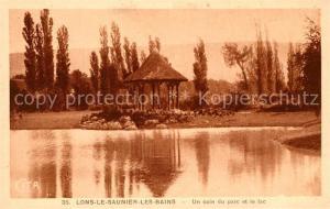AK / Ansichtskarte Lons le Saunier_Jura Un coin du parc et le lac Lons le Saunier_Jura