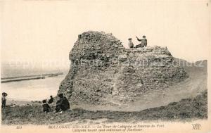 AK / Ansichtskarte Boulogne sur Mer Tour de Caligula et l entree du port Boulogne sur Mer