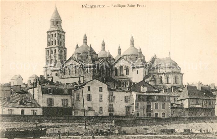 AK / Ansichtskarte Perigueux Basilique Saint Front  Perigueux 0
