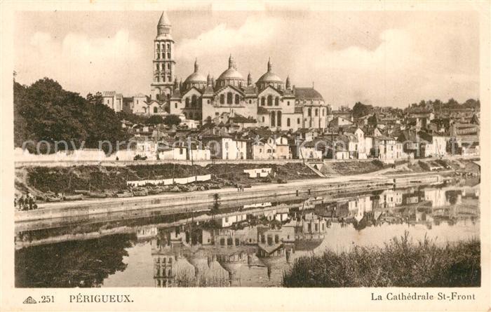 AK / Ansichtskarte Perigueux Cathedrale St Front  Perigueux 0