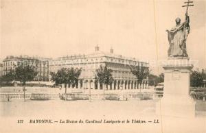 AK / Ansichtskarte Bayonne_Pyrenees_Atlantiques La Statue du Cardinal Lavigerie et le Theatre Bayonne_Pyrenees