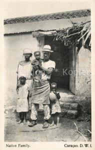 AK / Ansichtskarte Curacao_Niederlaendische_Antillen Native Family Curacao_Niederlaendische