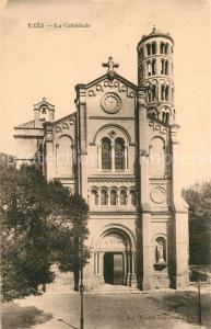 AK / Ansichtskarte Uzes La Cathedrale Uzes