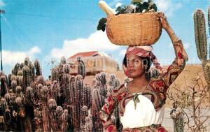 AK / Ansichtskarte Curacao_Niederlaendische_Antillen Native Fruit Girl Curacao_Niederlaendische