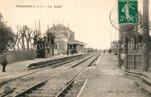 AK / Ansichtskarte Trappes La Gare Trappes