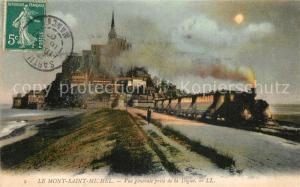AK / Ansichtskarte Le_Mont Saint Michel Vue generale prise de la Digue au clair de lune Dessin Kuenstlerkarte Le_Mont Saint Michel