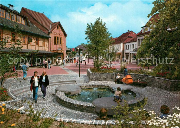 AK / Ansichtskarte Gifhorn Steinweg Fussgaengerzone Brunnen Gifhorn 0