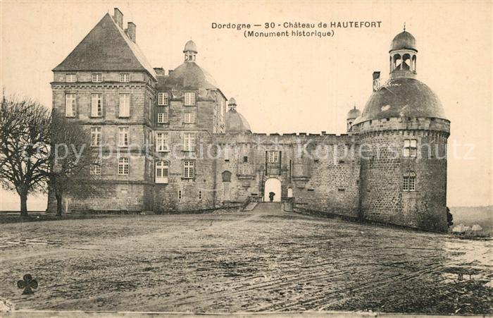 AK / Ansichtskarte Dordogne Chateau de Hautefort Dordogne 0
