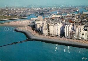 AK / Ansichtskarte Oostende_Ostende Fliegeraufnahme Strand mit Zeedijk