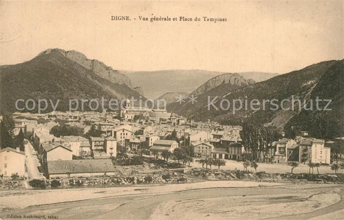 AK / Ansichtskarte Digne les Bains Vue generale et Place du Tampinet Montagnes Digne les Bains 0