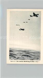 AK / Ansichtskarte Militaria_Deutschland_WK2 Von Stalingrad bis N?rnberg Die Luftwaffe im Osten Stukas ?ber Russland Eilebrecht Zigaretten