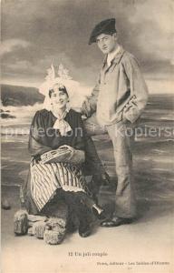 AK / Ansichtskarte Les_Sables d_Olonne Un joli couple Costumes Trachten Les_Sables d_Olonne