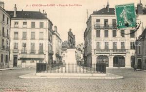 AK / Ansichtskarte Chalon sur Saone Place du Port Villiers Statue Monument Chalon sur Saone