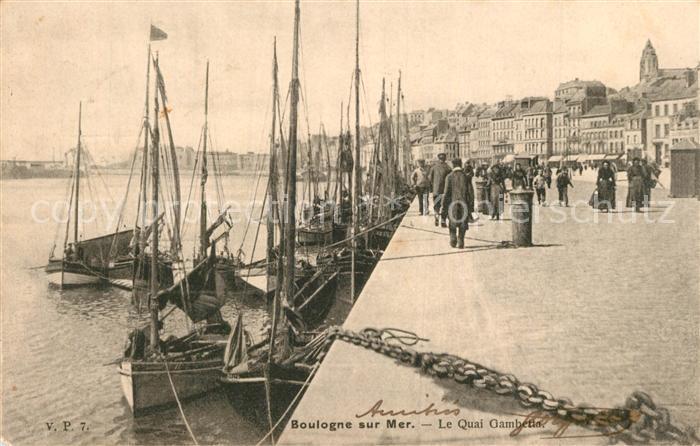 AK / Ansichtskarte Boulogne sur Mer Quai Gambetta Bateaux Boulogne sur Mer 0