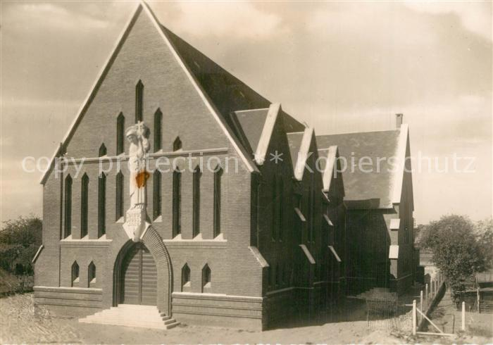 AK / Ansichtskarte Vesines Eglise Sainte Therese Vesines 0