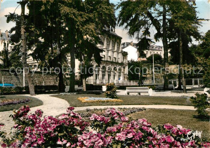 AK / Ansichtskarte Vannes Jardins du Tribunal Vannes 0