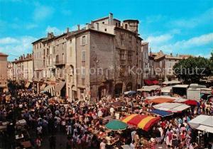 AK / Ansichtskarte Aubenas Jour de Marche sur la Place du Chateau Collection Couleurs et Lumiere de France Aubenas