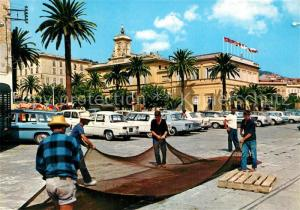 AK / Ansichtskarte Ajaccio Pecheurs devant l Hotel de Ville Ajaccio