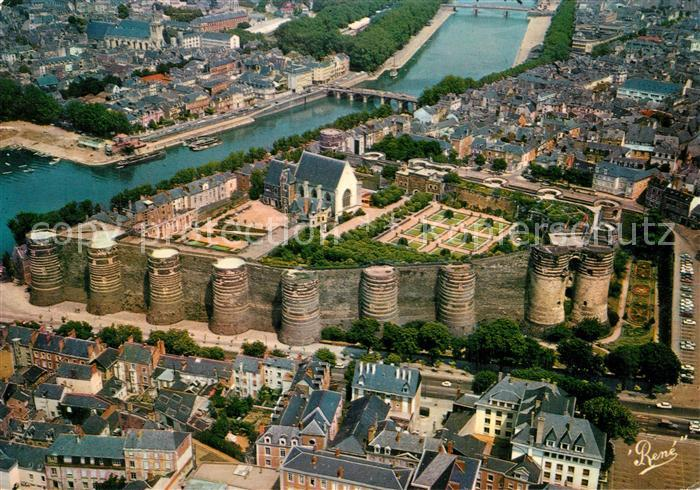 AK / Ansichtskarte Angers Chateau vue aerienne Angers 0