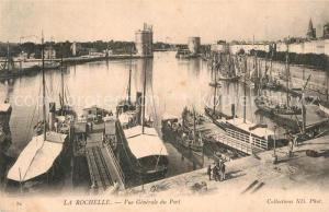 AK / Ansichtskarte La_Rochelle_Charente Maritime Vue generale du port La_Rochelle
