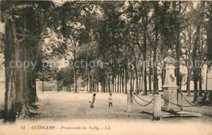 AK / Ansichtskarte Guingamp Promenade du Vally Guingamp
