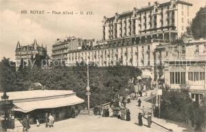 AK / Ansichtskarte Royat_Puy_de_Dome Place Allard Royat_Puy_de_Dome