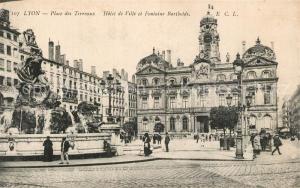 AK / Ansichtskarte Lyon_France Place des Terreaux Hotel de Ville Fontaine Bartholdi Lyon France