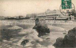 AK / Ansichtskarte Biarritz_Pyrenees_Atlantiques Grande Plage et Casino Municipal Biarritz_Pyrenees