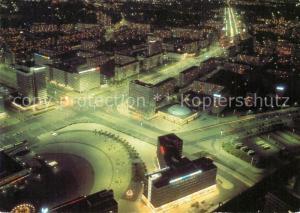 AK / Ansichtskarte Berlin Blick vom Fernsehturm Nachtaufnahme Berlin