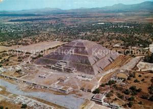 AK / Ansichtskarte San_Juan_Teotihuacan Fliegeraufnahme Pyramide del Sol  San_Juan_Teotihuacan