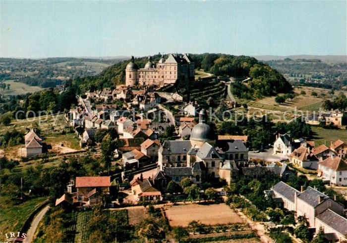 Hautefort Vus du ciel Le chateau XV et XVII le village et l hospice Hautefort 0