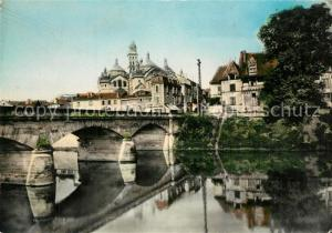 Perigueux La Cathedrale Saint Front et le Pont des Barris Perigueux