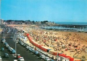 AK / Ansichtskarte Pornichet La plage et Boulevard des Oceanides Pornichet