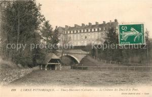 AK / Ansichtskarte Thury Harcourt Le Chateau des Ducs et le Pont Thury Harcourt