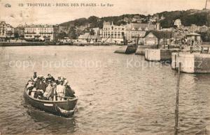 AK / Ansichtskarte Trouville sur Mer Reine des Plages Le Bac Trouville sur Mer