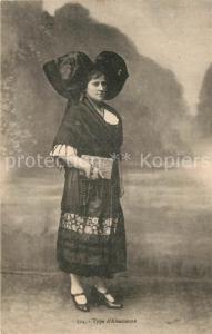 AK / Ansichtskarte Alsace_Elsass Type d Alsacienne Costumes Trachten Alsace Elsass