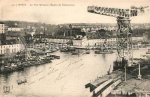 AK / Ansichtskarte Brest_Finistere Port Militaire Bassin de Pontaniou Grue electrique Brest_Finistere