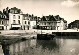 AK / Ansichtskarte Saint_Goustan Place Saint Sauveur