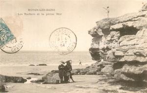 AK / Ansichtskarte Royan_Charente Maritime Les Rochers et la pleine Mer Royan Charente Maritime