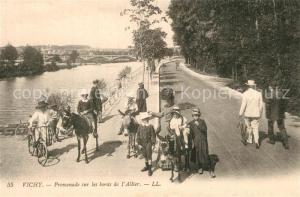 AK / Ansichtskarte Vichy_Allier Promenade sur les bords de Allier Vichy Allier