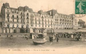 AK / Ansichtskarte Cabourg La Plage Vue sur le Grand Hotel Cabourg