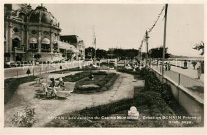 AK / Ansichtskarte Royan_Charente Maritime Les Jardins du Casino Municipal Creation Bonnin Freres Royan Charente Maritime