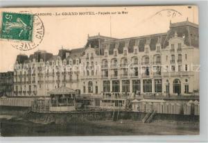 AK / Ansichtskarte Cabourg Le Grand Hotel Facade sur la Mer Cabourg