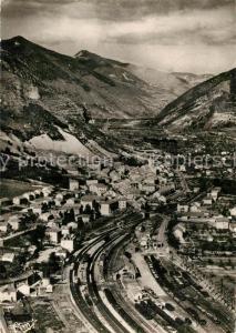 AK / Ansichtskarte Veynes Vue panoramique aerienne Au premier plan la Gare Veynes