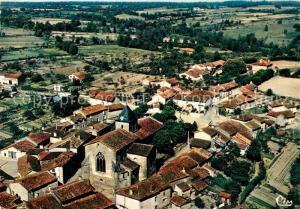 AK / Ansichtskarte Availles Limouzine Vue panoramique aerienne Au premier plan Eglise Availles Limouzine